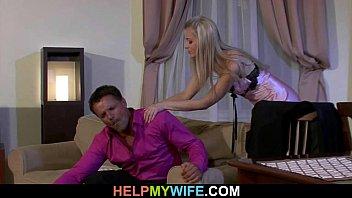 Оргии смотреть ебется жена я ей помогаю шлюха видео