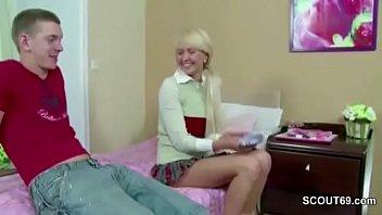 Порно красивых блядей с волосатыми пездами