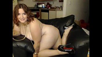 dildo livecam Fat mom nude playing cam sex