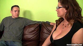 Xxx Cu Femei Futute De Tineri Are 19 Ani Si Fute Mama Prietenului