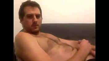 uruguayo 2, de mis machos heteros más antiguos de Internet