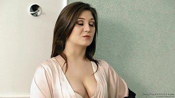 JoJo Kiss caught on her boyfriend and a masseuse