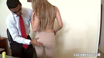 Amateur Latina office Girl