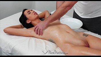 PureMature - Busty mature Colette Adams gets fucked after massage Vorschaubild