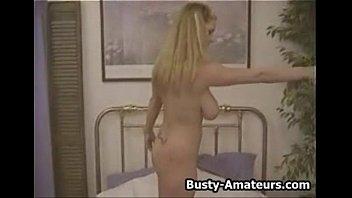 Русская зрелая порно актриса с татуировками на грудях
