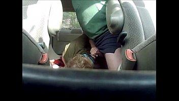 Comendo a Esposa no Carro