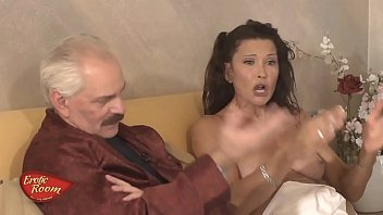 Erotic Room-Ospite