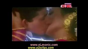 Rani Mukherjee Smooch From Raja Ki Ayegi Barat Hot Scene