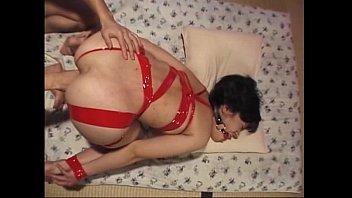 Порно домашнее принуждение со спермой