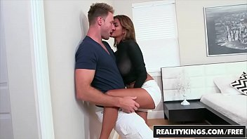 RealityKings - Milf Hunter - (Bianka, Levi Cash) - Titty Fucked