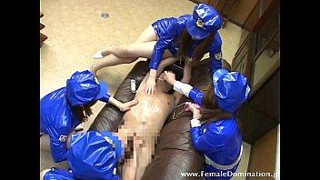 placer sexual en Policewomen gangbang 1