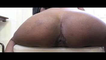 Sexy ebony girls farting