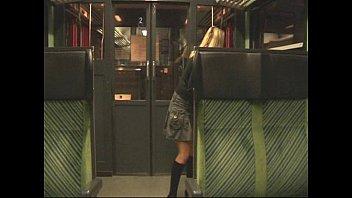 Публичный секс в поезде