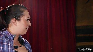 WhenGirlsPlay - Alex Grey, Naomi Woods A Treat Story Curtain Call