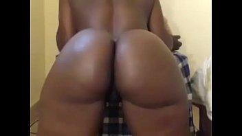 Big round ass black girl live webcam