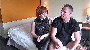 German Casting - Deutsche rothaarige Mutter bei ersten Porno und Creampie