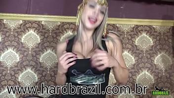 Fernandinha Fernandez na Hardbrazil mostrando toda sua beleza