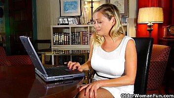 Смотреть онлайн порно зрелих мамаш
