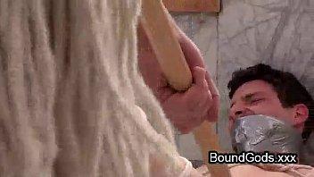 Гей трахает пару в масках