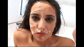 7 - Paulina Vianni
