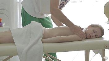 Kortny got fucked on massage table