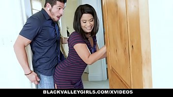 BlackValleyGirls - Online Celebrity Loni Legend Loves Shaking Her Tight Ass