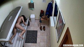 Порно на скрытую камеру в тренажерном зале