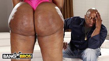 BANGBROS - Victoria Cakes Got Dat Giant Ebony Booty That Make You Go Crazy Thumb