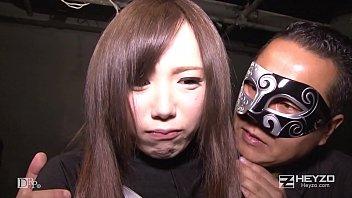 คลิปโป๊xญี่ปุ่น โจรหน้ากากสุดหื่นลักสาวนมโตมารุมลงแขก หุ่นเอ็กขนาดนี้น่าโดนเย็ดอยู่หรอก