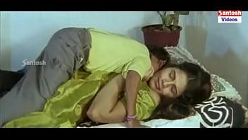 Edadugulu Movie Hot Scenes - Vahini'_s servant getting intimate with a woman