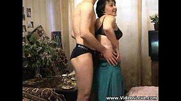 Тётку выебали в сарае смотреть онлайн