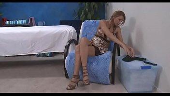 Зрелую жену ебем с другом порно