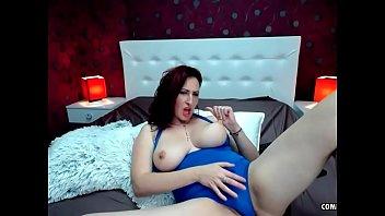 Порно слитный купальник большая грудь