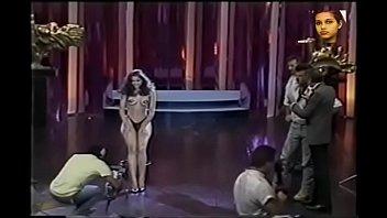 Women famous undressing (Brazilian TV)
