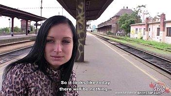 Лапают в транспорте на русском
