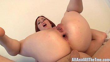 Teen Melody Jordan ¡Toma un Creampie anal doble para All Anal!