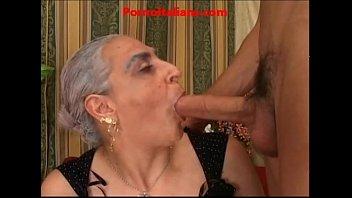 granny hot cazzo grosso italiano nonna scopa cazzo giovane e duro