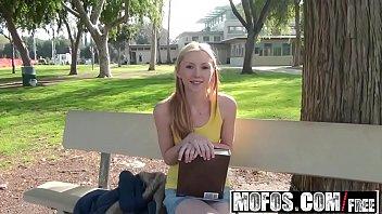 Filme pono com a estudante gostosa