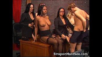 Горячая развратная групповуха бисексуалов