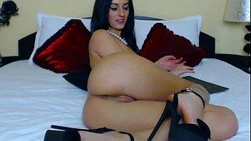 free webcam show beautiful brunette immigrant girl | amateurcamm.com