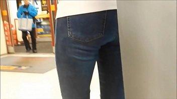 Teen ass in  tight jeans hidden cam
