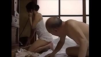 Смотреть порно японская мамаша