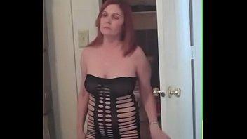 Онлайн жена в платье