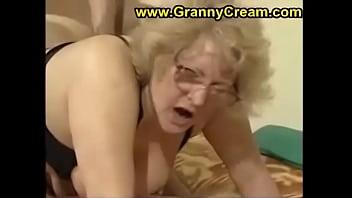 grassa nonna con gli occhiali - lupo. porno