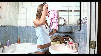 Видео лишение девственности девушек реал