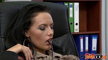 Офисный анал в четвером ебля в офисе