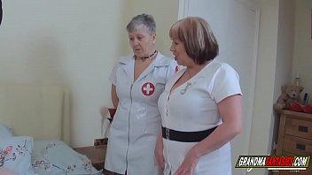 le vecchie infermiere