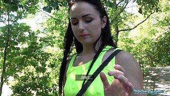 [Public Agent] หนังโป๊ฟรี เดินเข้าไปเปย์นักศึกษา บอกพี่ขอเย็ดxxxเท่าไร ล่อเย็ดกันในสวนเดินเล่น หีขย่มควยตรงหญ้า