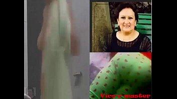 Espiando a una señora madurita ecuatoriana lavándose el sapo