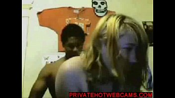 Interracial black on blond webcamsex www.privatehotwebcams.com